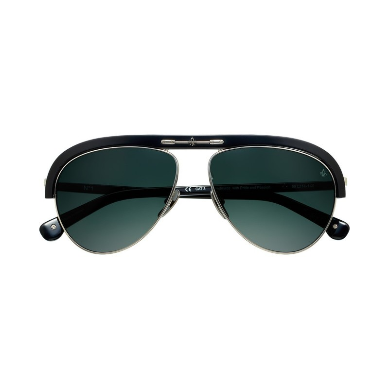 e1f87866dd9 Acetate and stainless steel frame. Essilor® Sun Solutions™ lenses